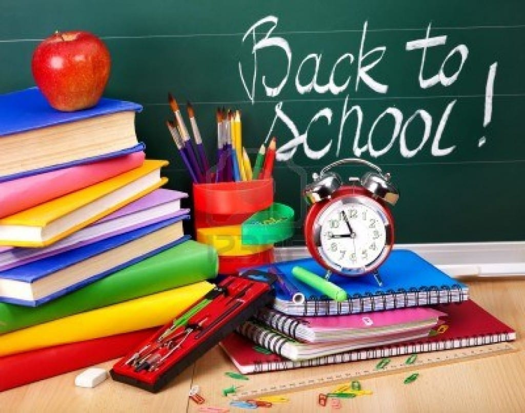 9972580-back-to-school-supplies-and-board